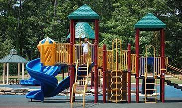 ОНФ советует московским паркам отказаться от закупки европейских детских площадок