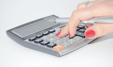 Физические лица могут осуществлять зачет и возврат сумм излишне уплаченных налогов через «Личный кабинет»