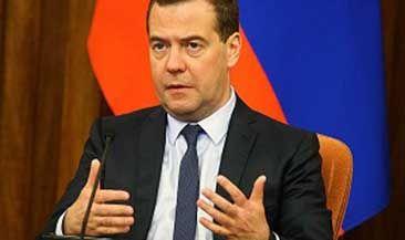 Премьер поручил перевести госзакупки на электронные торги к июлю 2017 года