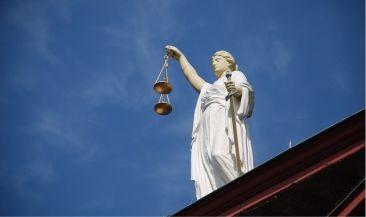 Арбитражная практика: Использование сторонами электронной подписи должно быть прямо предусмотрено договором